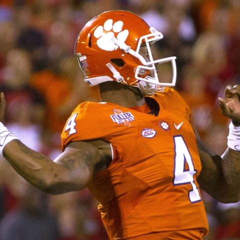 Three Free NCAA College Football Betting Picks, Previews, Odds and Predictions