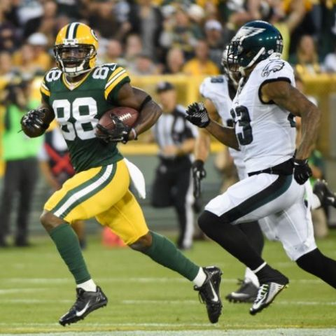Monday Night Football Betting on the Green Bay Packers vs Philadelphia Eagles