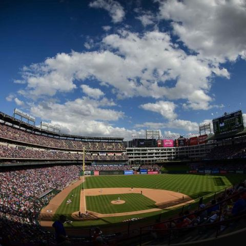 "MLB Coronavirus: ""there's no crying in baseball"" MLB delays Opening Day"